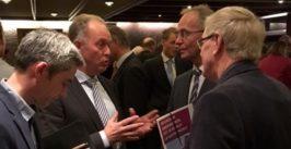 Aanbieden publicatie resultaten MKB-energiebesparing Ruurlo aan minister Henk Kamp